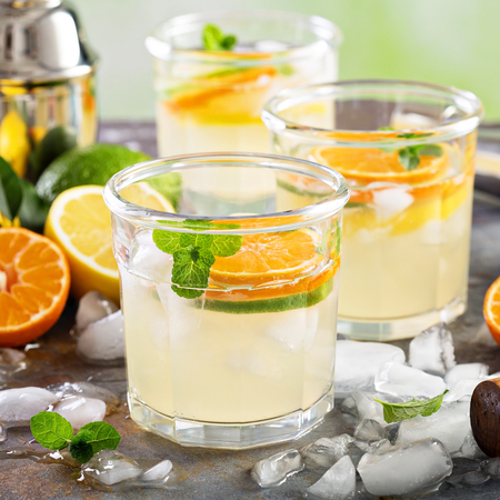 mohito: Refreshing summer cocktail with citrus fruits