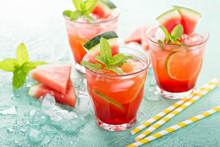Refreshing summer drink with watermelon and lime Banco de Imagens - 81599857