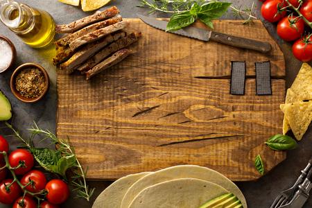 グリル ステーキのタコスを作る 写真素材