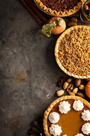 가 전통적인 파이 호박, 피칸, 사과 무너질 스톡 콘텐츠