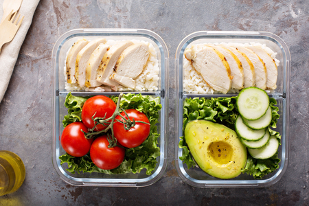 Healthy meal prep containers with chicken and rice Zdjęcie Seryjne - 98985602