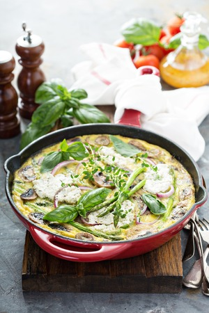 Asparagus, mushrooms and goat cheese frittata