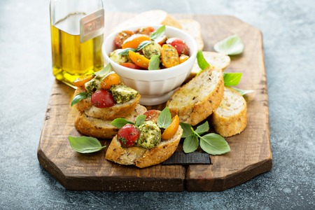 Caprese bruschetta with pesto