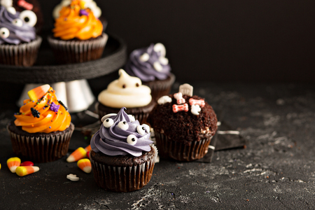 Halloween cupcakes with decorations