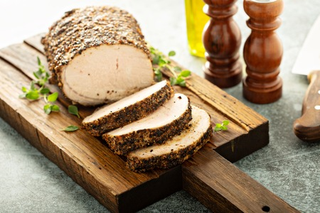 Roasted pork loin with dry rub Foto de archivo - 110715248