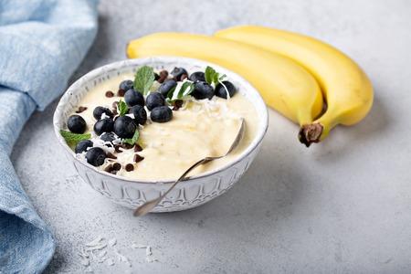 Bonita crema de plátano o batido