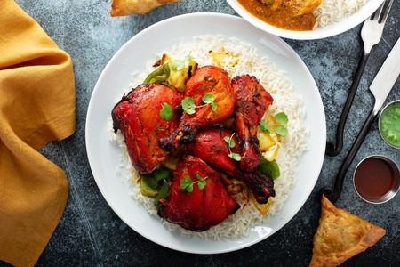 Whole tandoori chicken Stockfoto