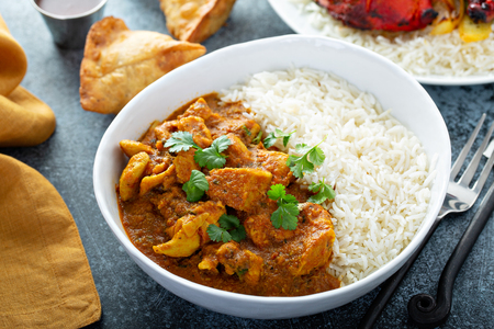 Chicken curry with jasmine rice Stok Fotoğraf - 122995705