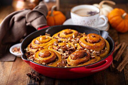 Pumpkin cinnamon rolls with pecan
