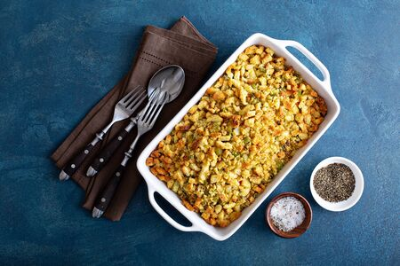 Herbed bread stuffing