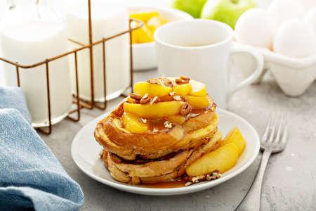 Caramel apple french toast 版權商用圖片