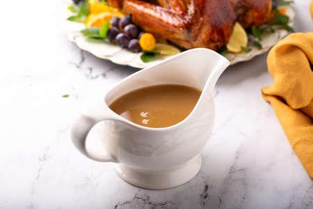 Turkey gravy for Thanksgiving 版權商用圖片