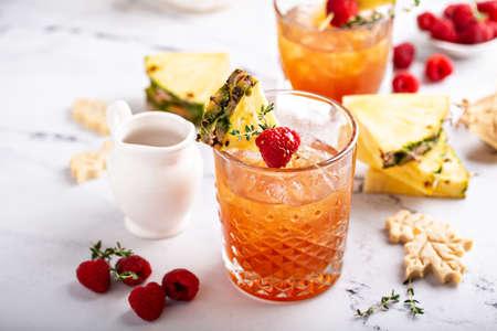 Pineapple, raspberry and honey cocktail or mocktail 版權商用圖片