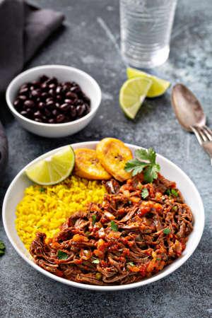 Ropa vieja, flank steak dish with rice 版權商用圖片