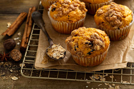 Pumpkin muffins with oat and brown sugar crumble Фото со стока