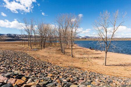 Early spring in Chatfield State Park, Littleton, Colorado 版權商用圖片 - 143638282