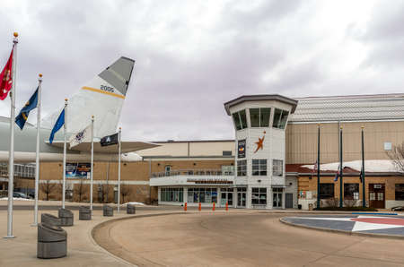 Denver, Colorado - March 21, 2021: Wings Over the Rocks - Air and Space Museum in Denver, Colorado 新聞圖片