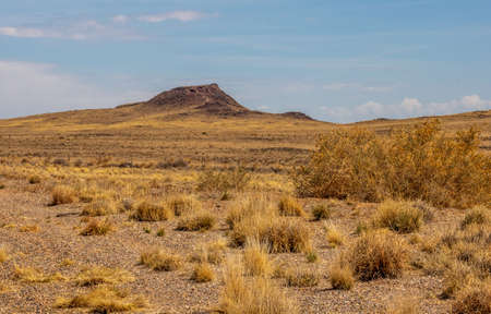 Scenic early spring landscape with the view of Vulcan volcano in Albuquerque, New Mexico 版權商用圖片