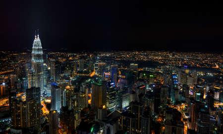 городской пейзаж: Eagle Eye сцены ночь KL