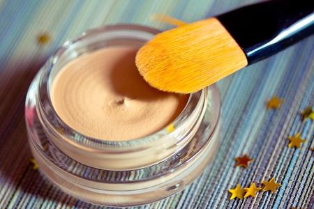 基盤製品のブラシで肌のケアや化粧品シリーズ 写真素材
