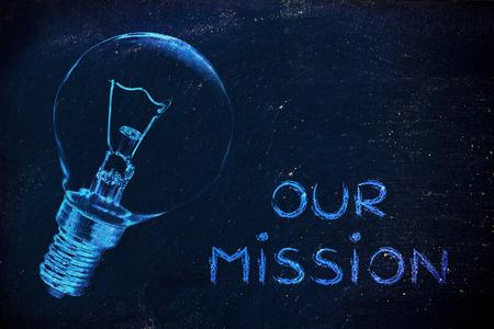 les idées brillantes derrière notre mission, iillustration avec ampoule réelle pour la communication institutionnelle Banque d'images