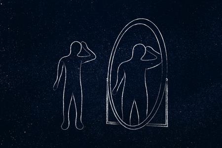la imagen corporal emite concepto: persona delgada que mira en el espejo y verse a sí mismo como el sobrepeso Foto de archivo