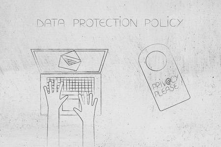 데이터 보호 정책 개념 : 노트북 사용자 텍스트 옆에 호텔 스타일 문 걸이 옆에 이메일을 읽고 개인 정보 보호 및 기호 @ 잠금 만든