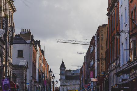 DUBLIN, IRELAND- April 25th, 2018: architectural style of buildings in Dublin city centre in William St South Redactioneel