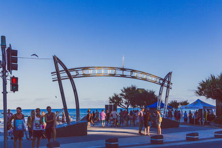GOLD COAST, AUSTRALIA - January 16th, 2015: the iconic Surfers Paradise sign on the beach 報道画像