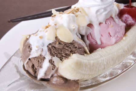 Ice cream banana split sundae