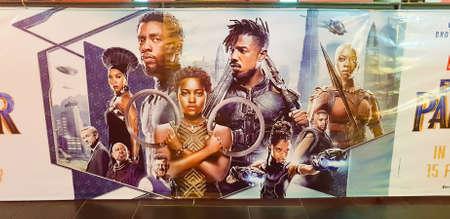 Kuala Lumpur, Malezja - 2 marca 2018: Plakat filmowy Czarnej Pantery. Czarna Pantera to amerykański film o superbohaterach z 2018 roku oparty na postaci z Marvel Comics