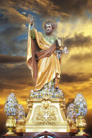 saint peter: A statue of Saint Peter in Chains at Birzebbugia, Malta  Stock Photo