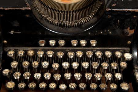 maquina de escribir: Vieja m?quina de escribir Foto de archivo