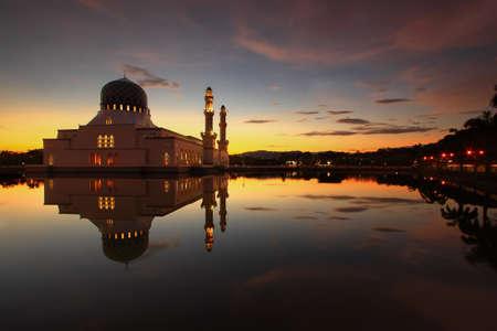 likas: Likas Mosque