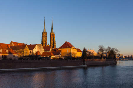 View on The Cathedral of St. John the Baptist in Wrocaw at sunset. Poland 版權商用圖片 - 130731854