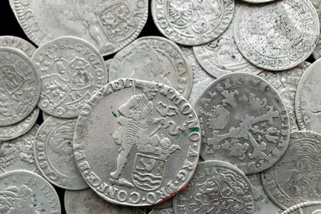 Monedas antiguas medievales de plata Foto de archivo - 94125004
