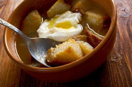 sopa: sopa de ajo , castilian garlic soup.farm-style