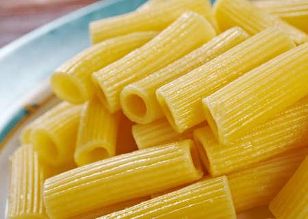 comida italiana: Italian Pasta Rigatoni alimentos