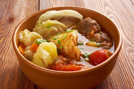res: Caldo де Res - Traditional Mexican Beef Soup