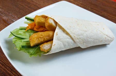 nuggets de poulet: burritos de petit d�jeuner � base de croquettes de poulet