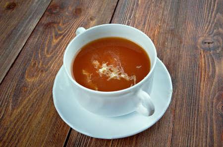 domates: Domates tomato soup - Turkish Domates Corbasi, Sütlü Domates Çorbası
