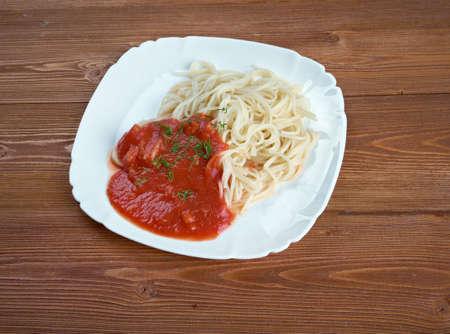 vermicelli: vermicelli - homemade pasta with tomato sauce