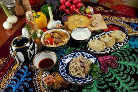 sorbet: Jedzenie ustawić Kuchnia Azji Środkowej - plov, Lagman, sorbet, Manti