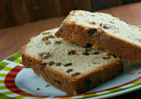 sultanas: Barmbrack - Irish yeasted bread with added sultanas and raisins Stock Photo