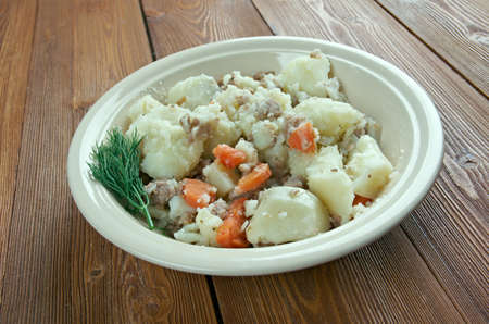 minced beef: Stovies - Scottish dish based on potatoes.contains potatoes with, variously, onions, carrots, other vegetables,  minced beef .