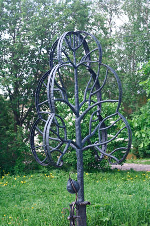 metal sculpture: metal sculpture of a treeVologda city, Russia