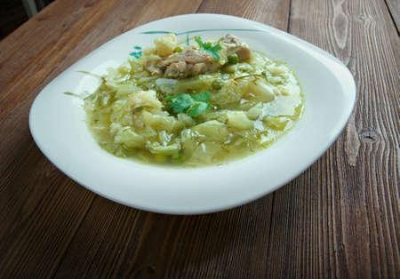 di: Zuppa di cavolo - Italian soup with cabbage