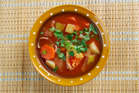 moong: shurpa - Uzbek cuisine ю turkey soup with tomatoes