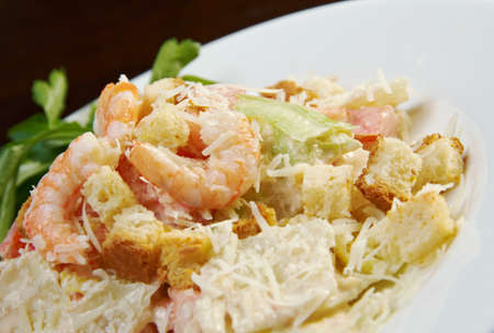croutons: chinese prawn salad with croutons