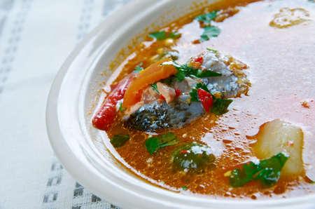 piri piri: Caldo de Peixe - Angolan fish soup. African cuisine